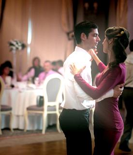 Despre Noi | Dansul Mirilor Timisoara